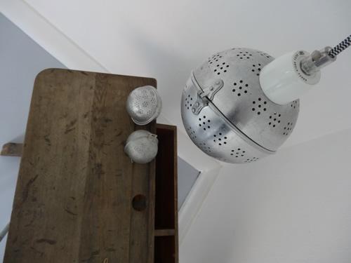 boule à thé transformée en lampe